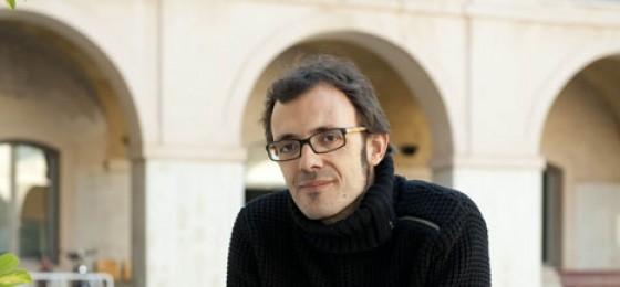 Entrevista a Isaac Rosa, autor de «La mano invisible»