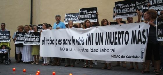 Córdoba: Seguimos muriendo en el tajo. Concentración #16E
