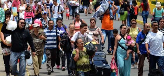 Francisco: «Los migrantes son antes que nada seres humanos y hoy son el símbolo de todos los descartados de la sociedad globalizada»